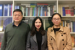 (From left) Dr Mingfu Wang, Dr Shuting Hu and Ms Yizhen Wu
